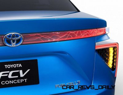 2013_Tokyo_Motor_Show_Toyota_Fuel_Cell_Vehicle_Concept__016