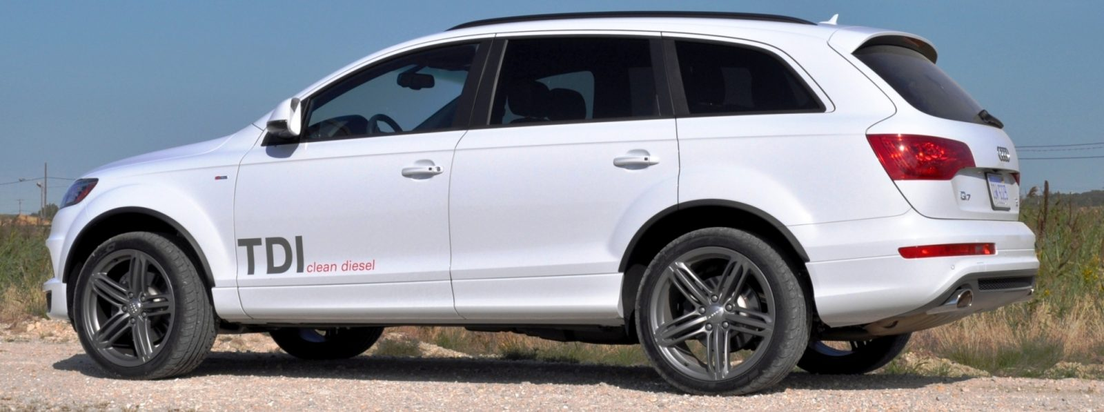 2014 Audi Q7 TDI S-line Plus - Carrara White 12