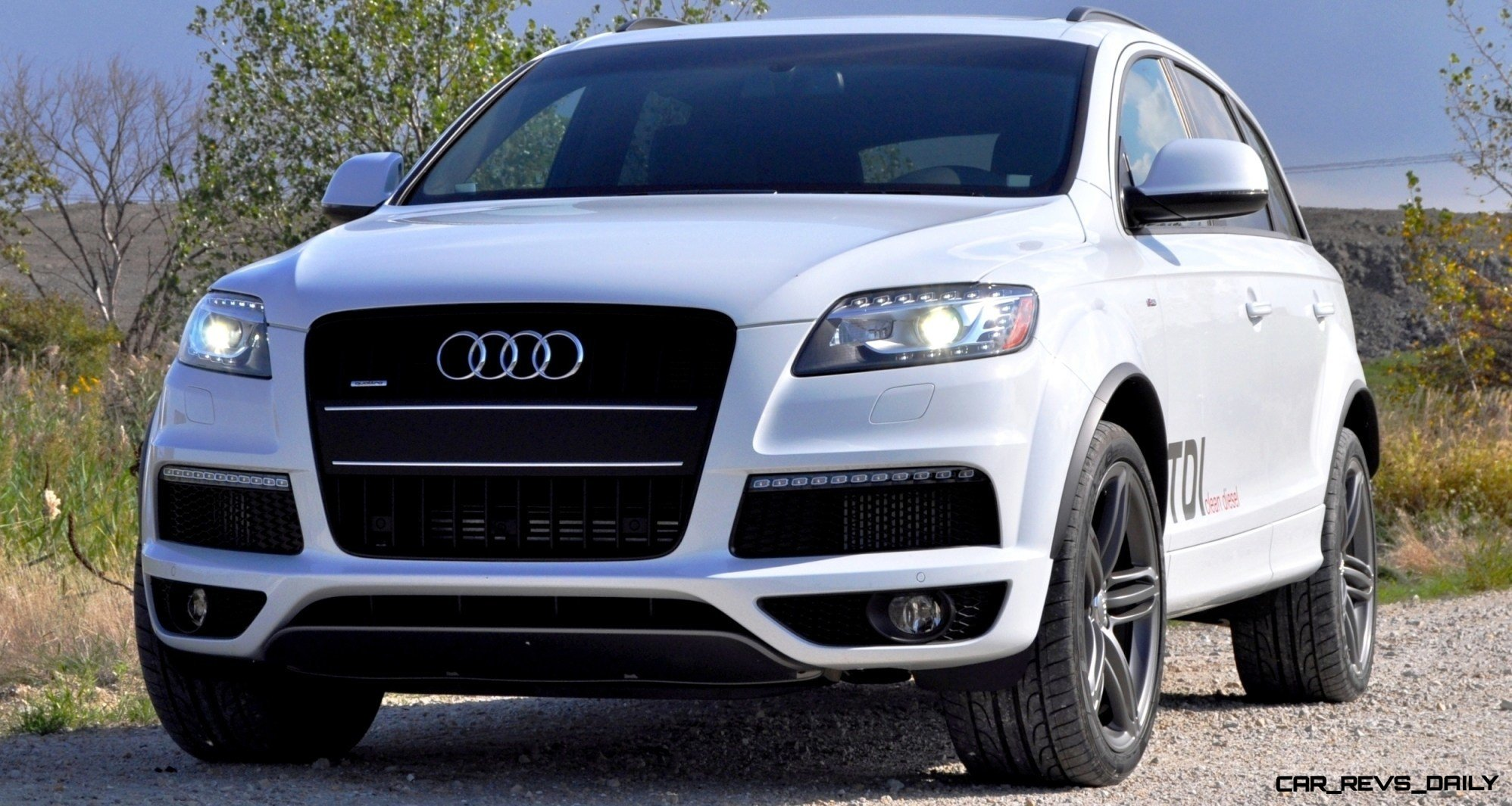 2017 audi q7 carrara white
