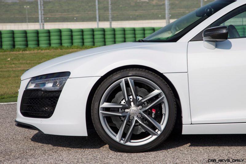 2014 Audi R8 V8 CarRevsDaily  12
