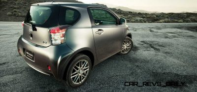 2014 Scion iQ Glams Up With Two-Tone EV and Monogram Editions 15