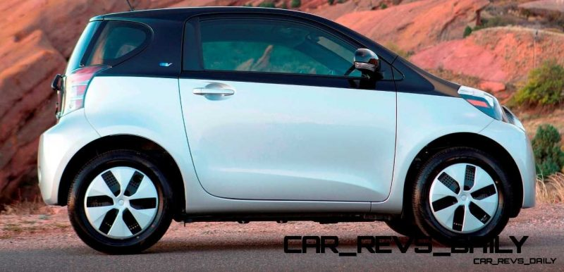 2014 Scion iQ Glams Up With Two-Tone EV and Monogram Editions 19