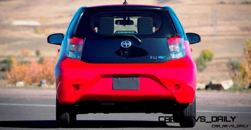 2014 Scion iQ Glams Up With Two-Tone EV and Monogram Editions 24