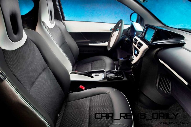 2014 Scion iQ Glams Up With Two-Tone EV and Monogram Editions 32