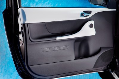 2014 Scion iQ Glams Up With Two-Tone EV and Monogram Editions 33