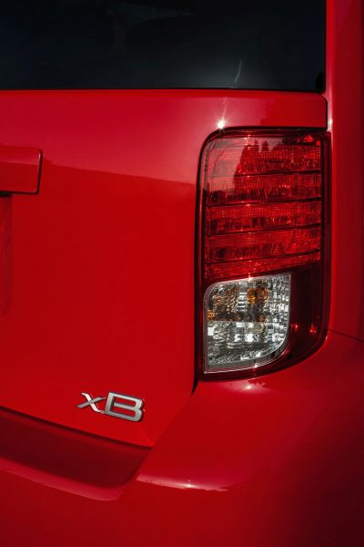 2014 Scion xB Red 10