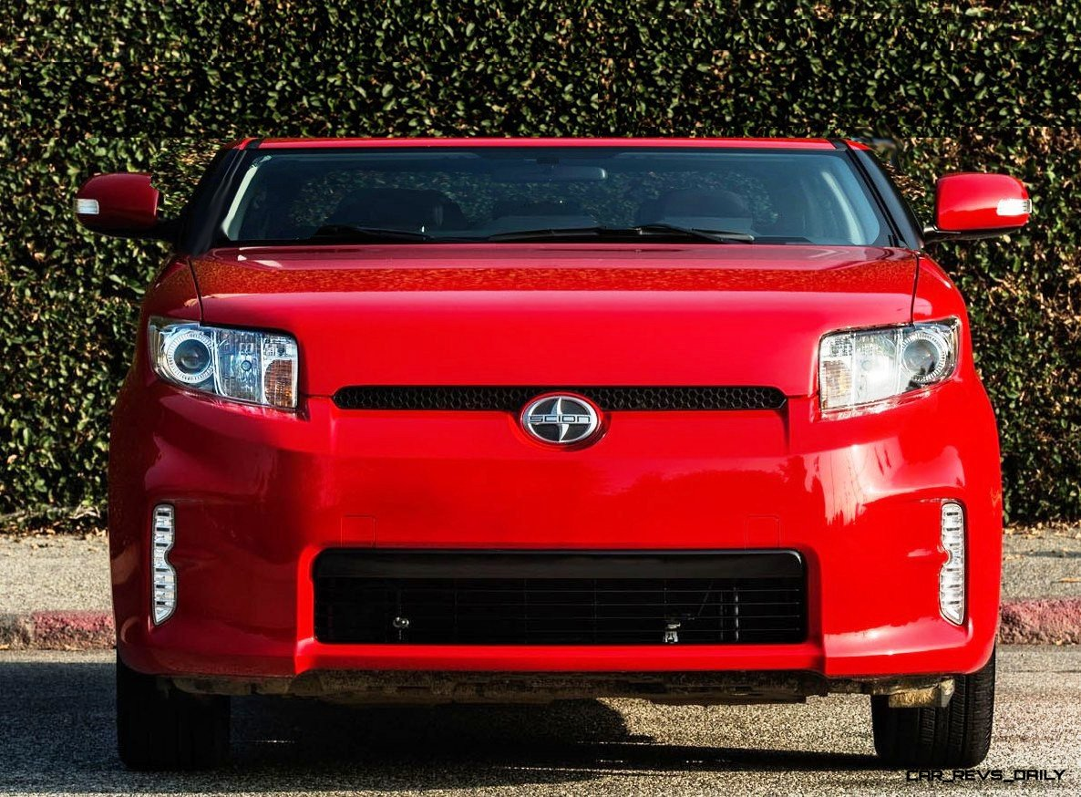 2014-Scion-xB-Red- Chopped Roof front
