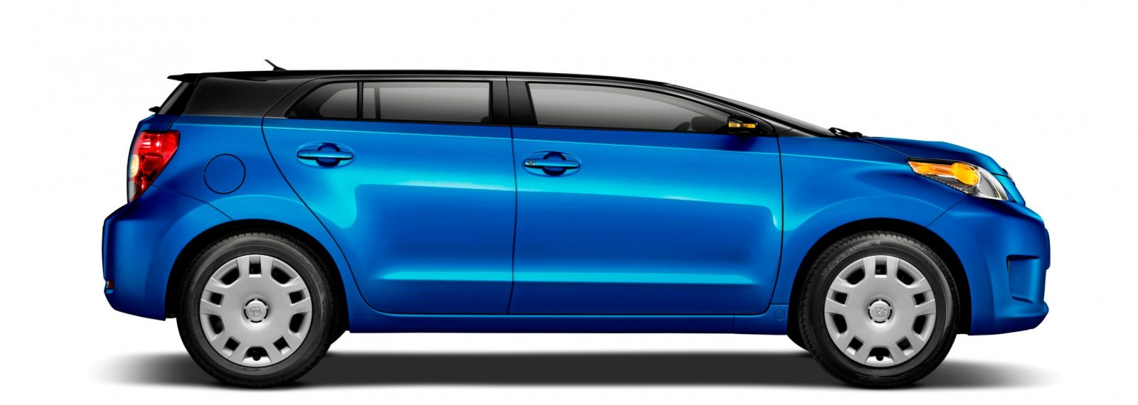 2014 Scion Xd Blue Black Two Tone 3 Roof Chop