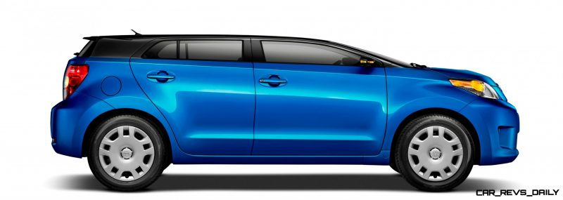 2014-Scion-xD-Blue-Black-Two-Tone-3 ROOF CHOP