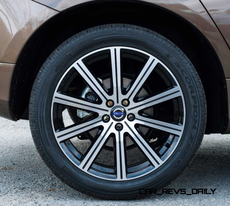 2014 Volvo XC60 Buyer's Guide 44