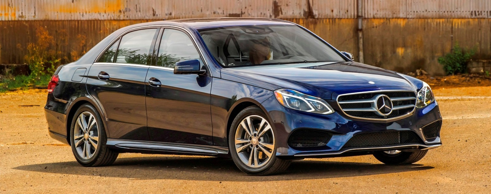 2014 mercedes benz e class style reset leaves bmw 528xi for How much is a 2014 mercedes benz