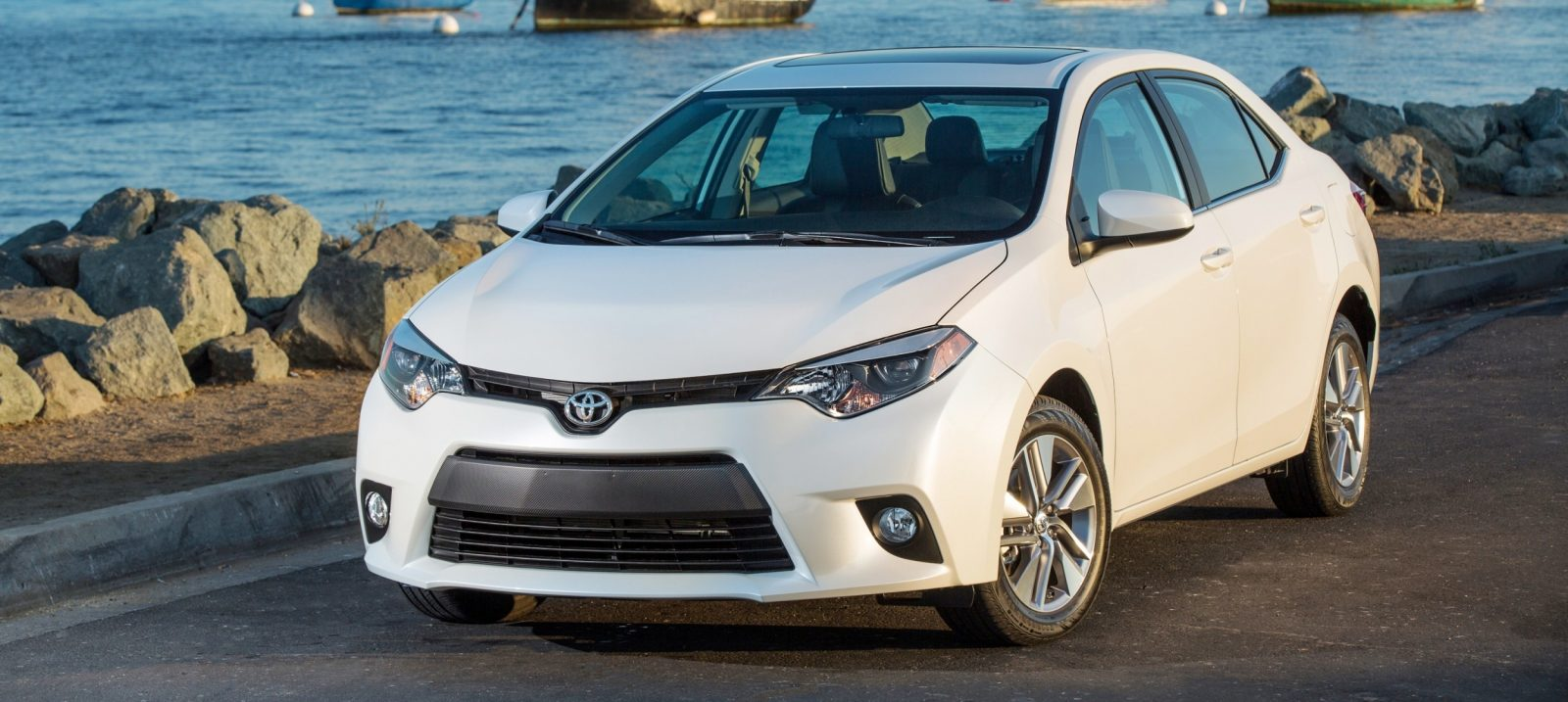 shock toyota corolla looking pretty good but where is. Black Bedroom Furniture Sets. Home Design Ideas