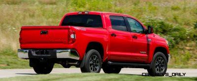 2014_Toyota_Tundra_SR5_001