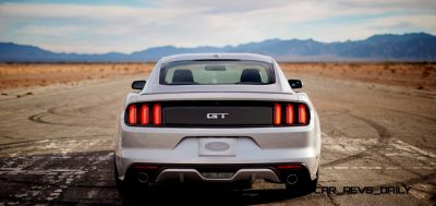 2015 Ford Mustang GT in Silver 30