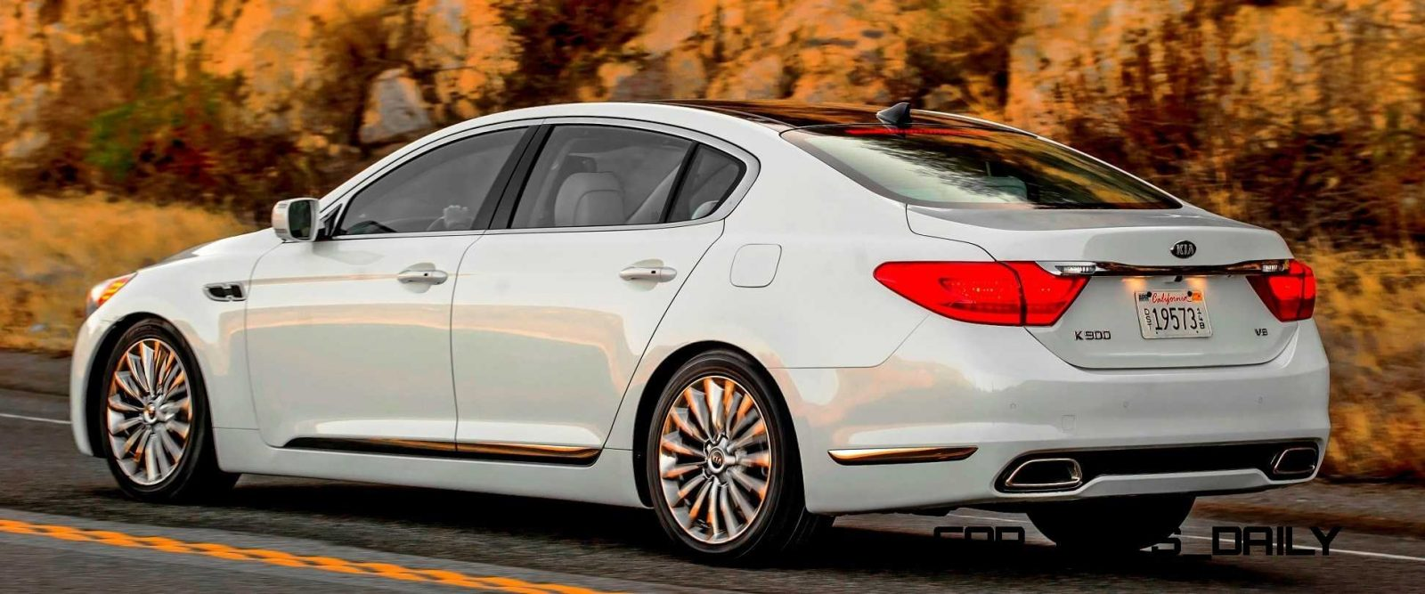 2015 K900 Kia New RWD Flagship 12