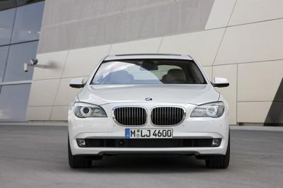 BMW_760Li_022__mid