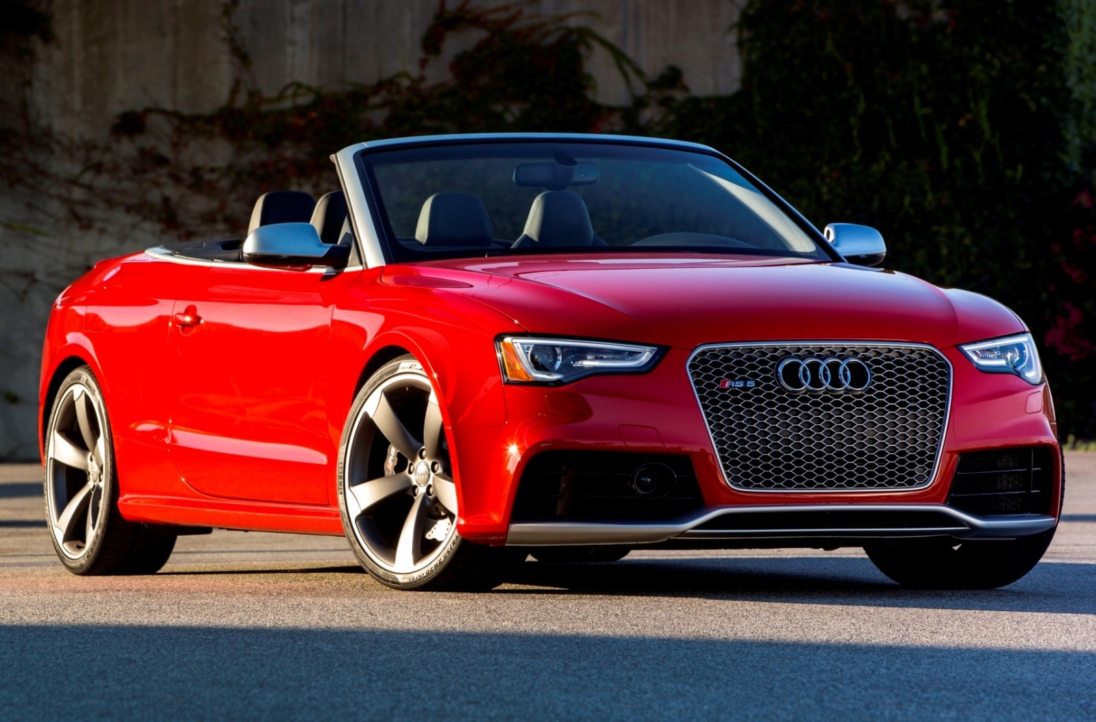 Audi Rs5 Taming U S Racetracks With New Colors And Black