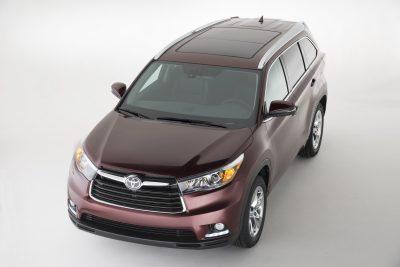 CarRevsDaily - 2014 Toyota Highlander Exterior Photo1