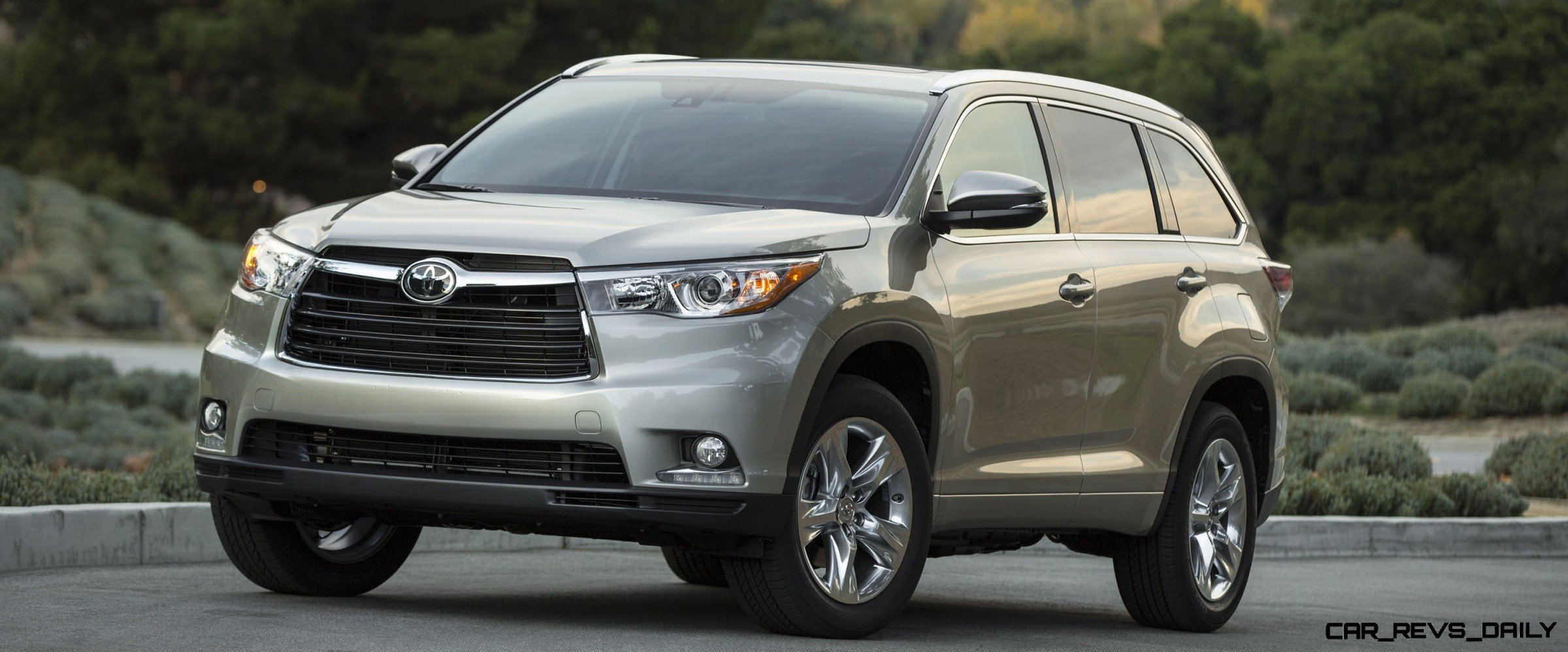2014 toyota highlander features review release date price and specs. Black Bedroom Furniture Sets. Home Design Ideas