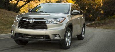 CarRevsDaily - 2014 Toyota Highlander Exterior Photo26