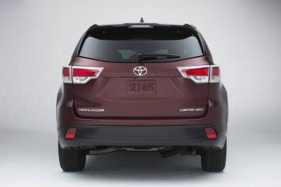 CarRevsDaily - 2014 Toyota Highlander Exterior Photo4
