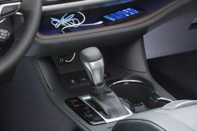 CarRevsDaily - 2014 Toyota Highlander Interior Photo5