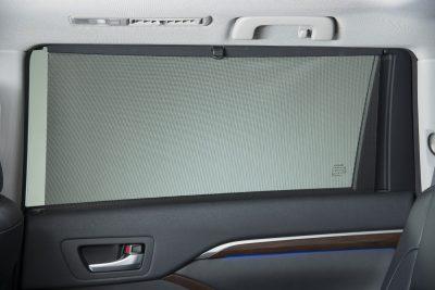 CarRevsDaily - 2014 Toyota Highlander Interior Photo8
