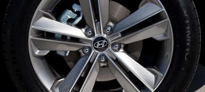 CarRevsDaily Buyers Guide - 2014 Hyundai Sante Fe LWB 1