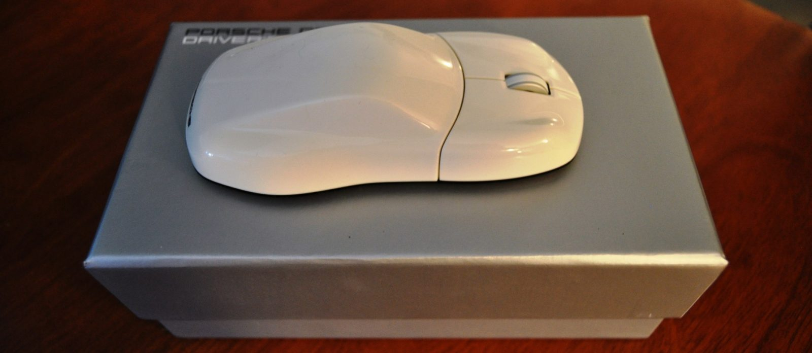 CarRevsDaily - Porsche Design Computer Mouse - Gadget Review 10