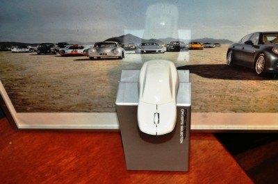 CarRevsDaily - Porsche Design Computer Mouse - Gadget Review 16