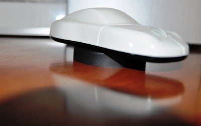 CarRevsDaily - Porsche Design Computer Mouse - Gadget Review 25