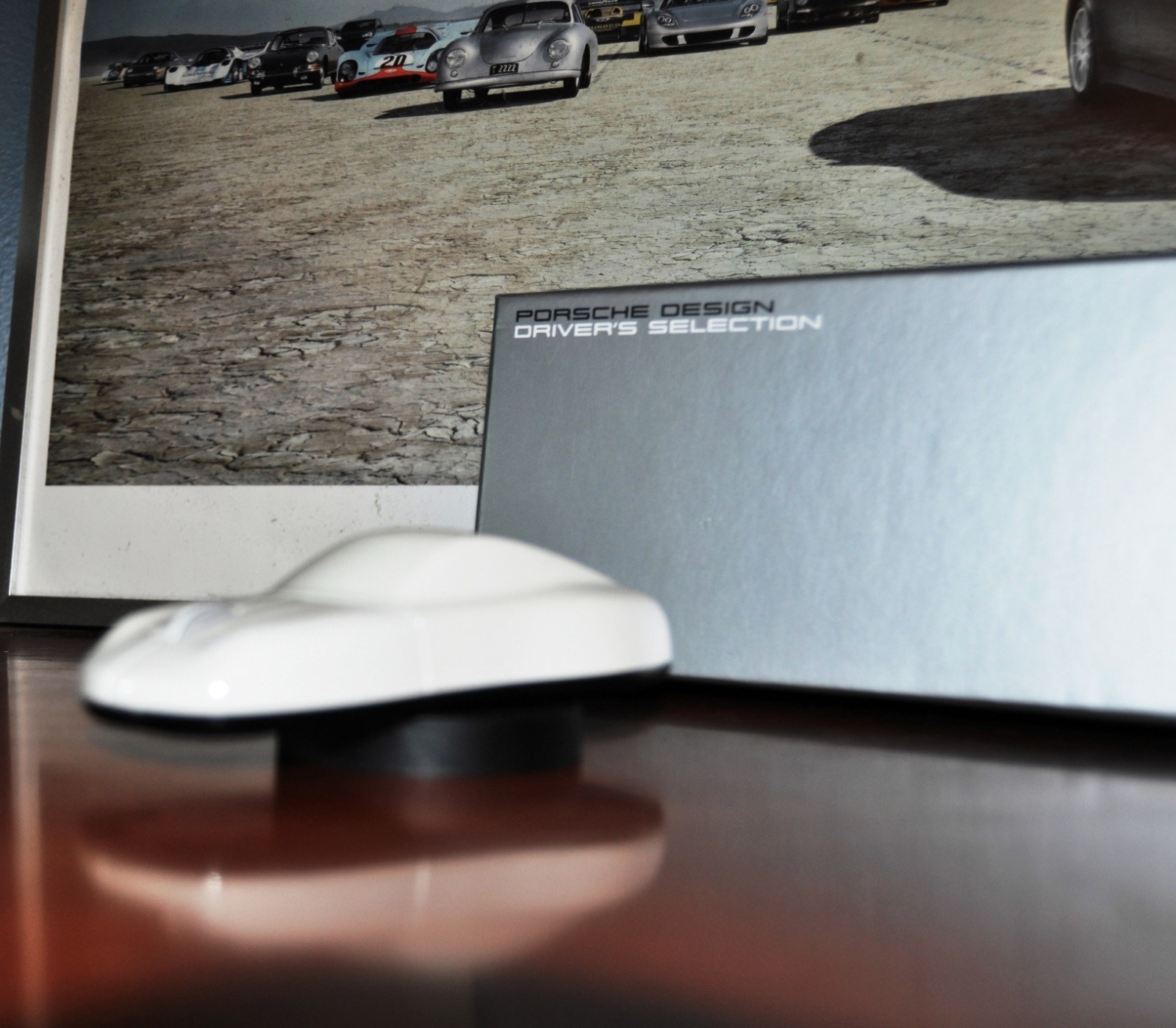 CarRevsDaily - Porsche Design Computer Mouse - Gadget Review 27