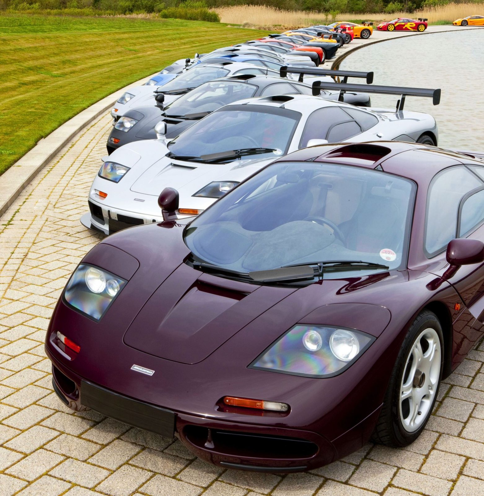 CarRevsDaily - Supercar Legends - McLaren F1 Wallpaper 14