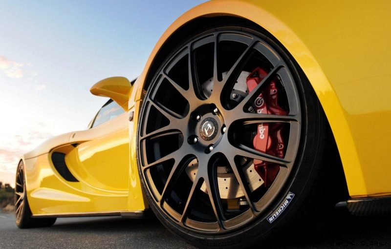 CarRevsDaily - Supercar Showcase - Hennessey VENOM GT 28