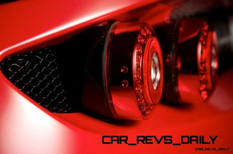 CarRevsDaily - Supercar Showcase - Hennessey VENOM GT 3