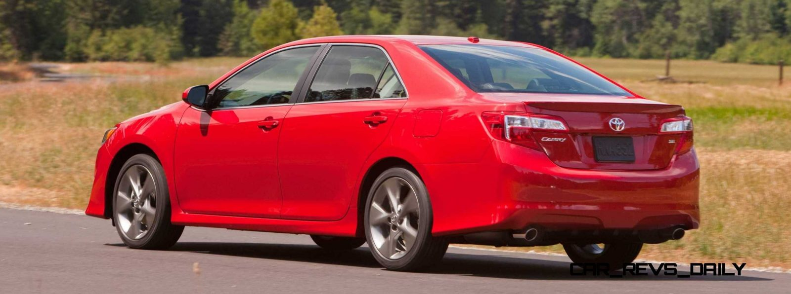 2016 TOYOTA CAMRY DIFFERENCES