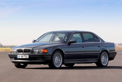 Celebrating the Evolution of the V12 BMW 7-series 37