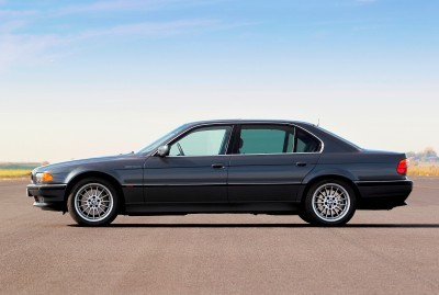 Celebrating the Evolution of the V12 BMW 7-series 38