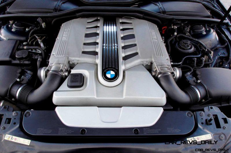 Celebrating the Evolution of the V12 BMW 7-series 55