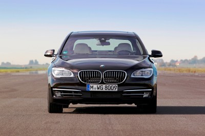 Celebrating the Evolution of the V12 BMW 7-series 59