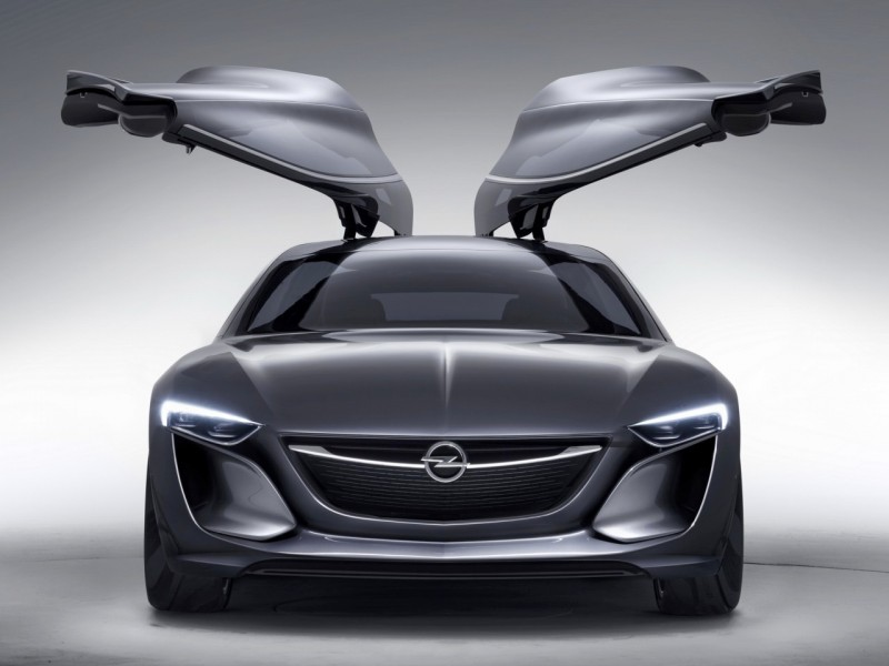 EuroChevy Runs out of Gas - Opel Monza Concept3