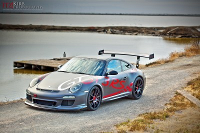 ItzKirb Captures the Wild Graphics of this Porsche 911 GT3 RS 6