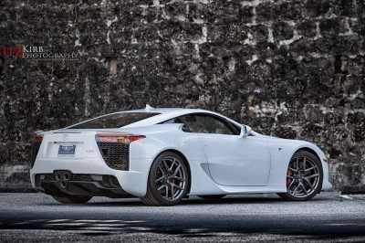 ItzKirb Photographs the Lexus LFA 7