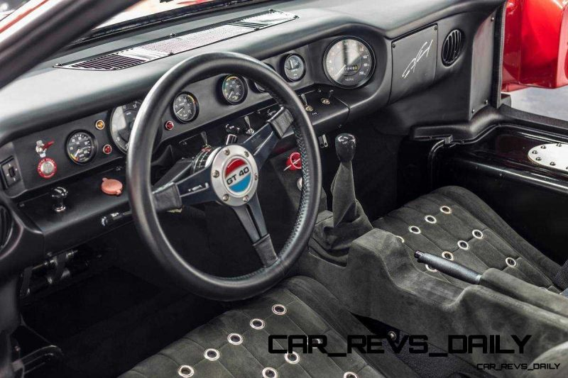 Superformance Ford GT40 Showcase 4