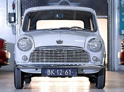 Timelapse - 1961 MINI Drops 54 Years in 54 Seconds 63