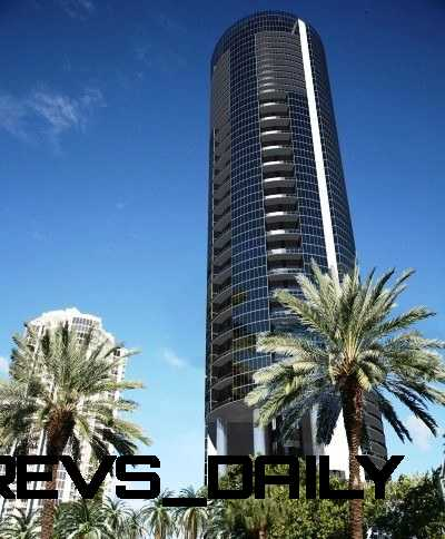 Watch Sharks From Your 50th-Floor Balcony Pool - Porsche Design Tower Miami 66