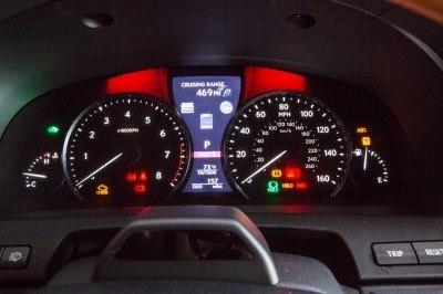2013_Lexus_LS_600h_L_interior_005_630CA1EC73EBC4D854F8C7FBF9B2691546C51D72