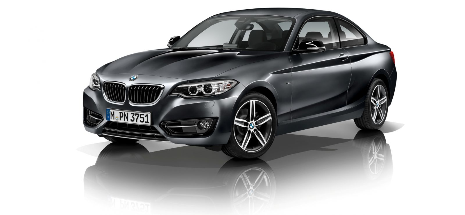 2014 BMW 228i and M235i 36