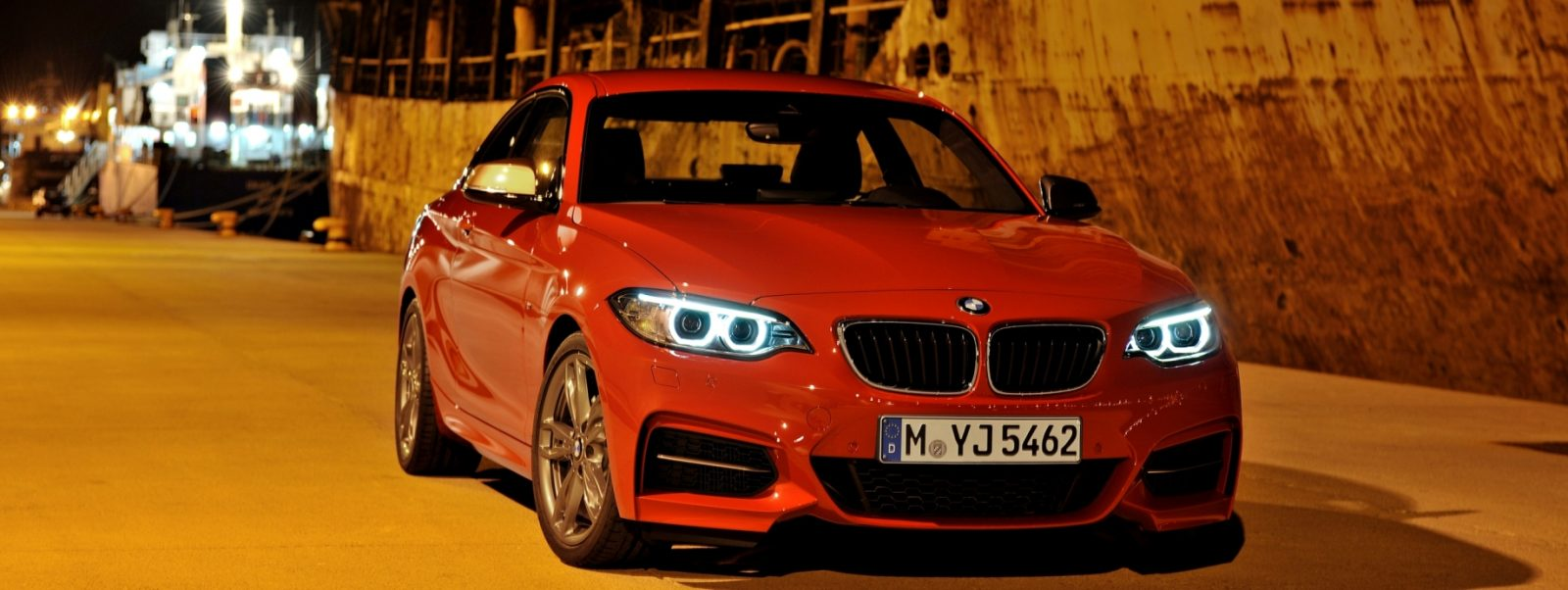 2014 BMW 228i and M235i 46