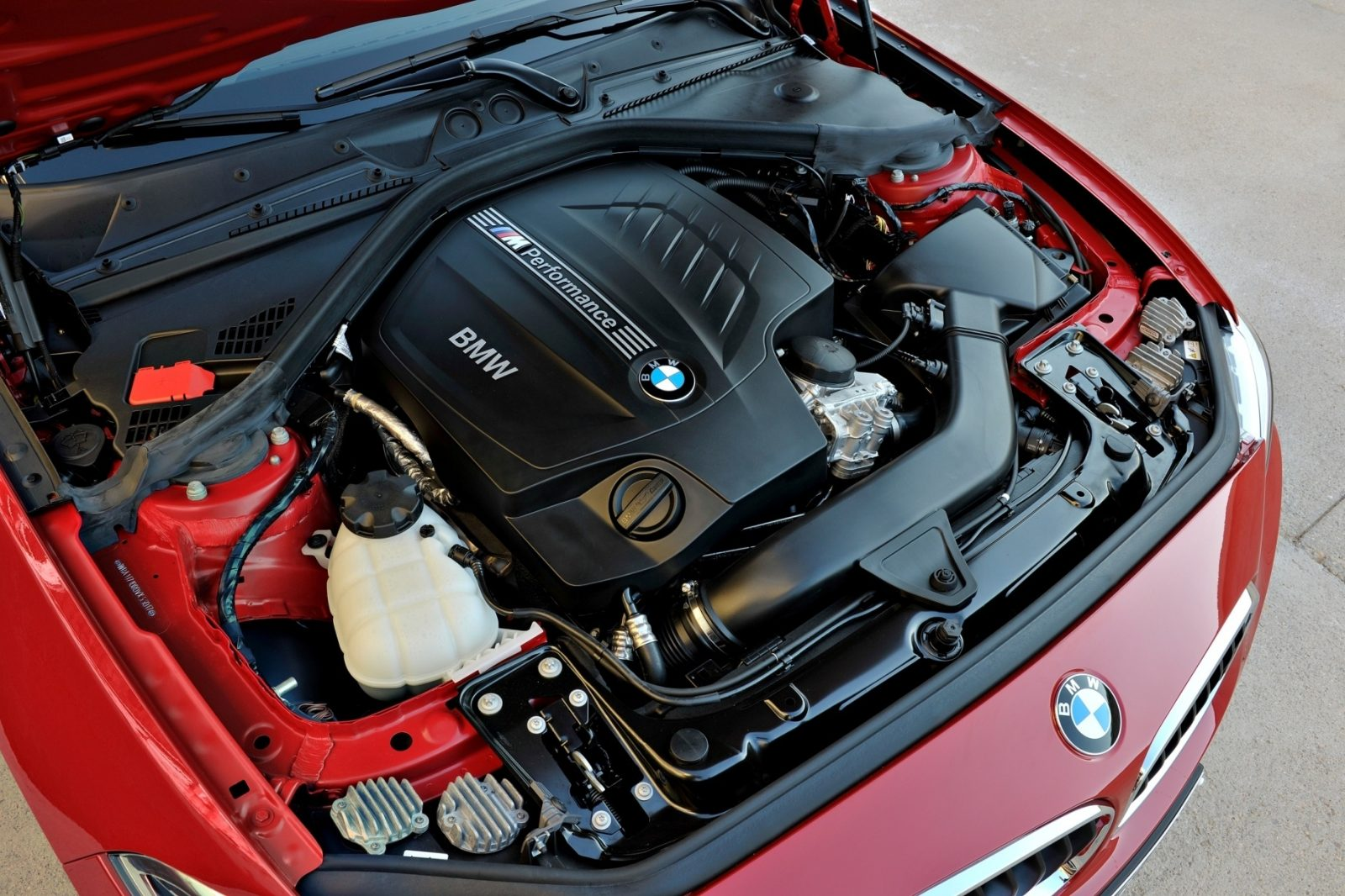 2014 BMW 228i and M235i 48